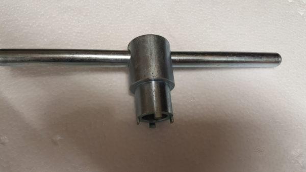 Bafang BBS02 avain pääakselin lukitusmutterille